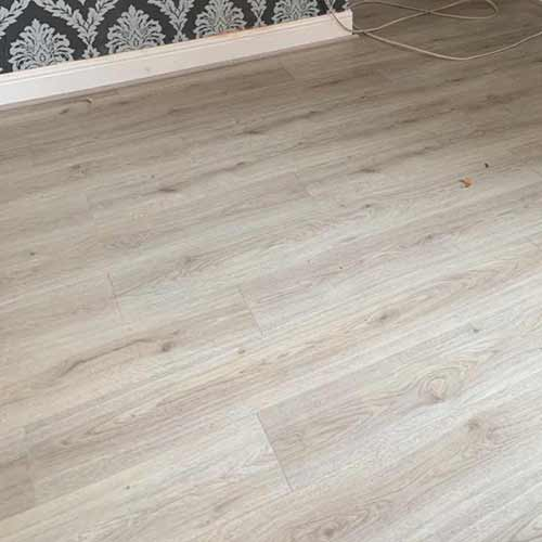 Pay Weekly Chantilly Oak Laminate